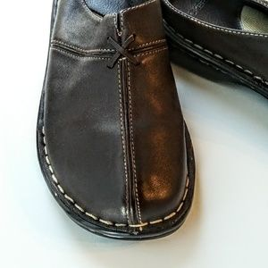 Dockers Brown Daffodil Slip On Shoes/7W